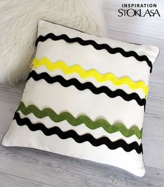 The wide ric rac ribbon is one of the striking braids. It is especially popular for decorating dresses, skirt… STOKLASA - here for you since 1990 Ribbon Diy, Home Furnishings, Bed Pillows, Sewing, Inspiration, Decor, Pillows, Biblical Inspiration, Dekoration
