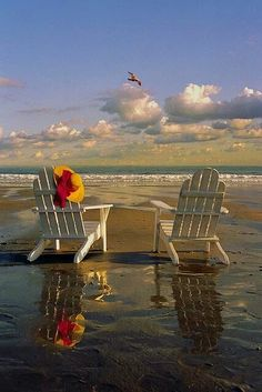 I love this Adirondack chairs in the beach! I just love the ocean and the beach! Playa Beach, Ocean Beach, Beach Bum, Ocean Pics, Nature Beach, I Love The Beach, Nice Beach, Romantic Beach, Sunny Beach