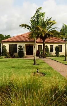 The Ranch Colony is a warm and tropical paradise! http://www.waterfront-properties.com/jupiterranchcolony.php