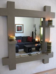 Miroir en carton terminé, le choix de la déco - meubles en carton marie krtonne Homemade Furniture, Cardboard Furniture, Diy Decor Crafts, Creative Home Decor, Diy Home Decor, Home Diy, Paper Furniture, Home Deco, Diy Cardboard Furniture
