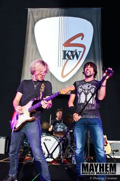 Noah Hunt Kenny Wayne Shepherd & Noah Hunt at The Shoreline Amphitheatre in Mountain View - photography by Dwayne Cavanas for Mayhem Music Magazine
