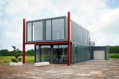 Containerhaus Aus Mehreren Schiffscontainern Gebaut Tes Haus Und