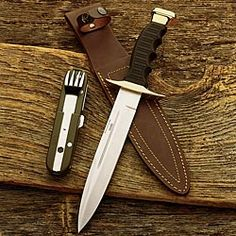 This Italian hunting knife from Fruili might be the perfect outdoorsman knife.