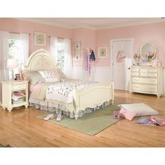 Jessica McClintock Bureau, Mirror & Drawer Nightstand In Antique White With Silver - Homeclick Community Girls Furniture, Dream Furniture, Bedroom Furniture, Girls Bedroom Sets, Kids Bedroom, Childrens Bedroom, Silver Bedroom, Blue Bedroom, Online Furniture Stores