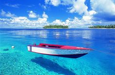 Crystal clear water in Tahiti