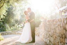 Maura & David - Ojai, California Wedding   http://caratsandcake.com/oehm