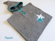 Sortie de bain/ poncho de bain turquoise, gris à capuche ,étoile, taille 9-18 mois : Mode garçons par tiwisti