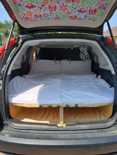Truck Bed Camping, Jeep Camping, Camping Survival, Mini Camper, Camper Van, Road Trip Organization, Windshield Shade, Suv Tent, Camper Storage