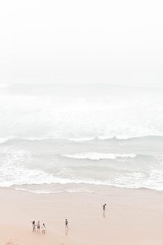 Azenhas do Mar / Photography Sanda Pagaimo Beach Aesthetic, White Aesthetic, Summer Vibes, Wild At Heart, Azenhas Do Mar, Foto Portrait, Aesthetic Wallpapers, Surfing, Beautiful Places