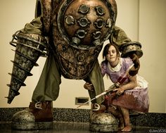 Big Daddy & Little Sister (Bioshock) cosplay. Easily one of the best Big Daddies I've seen. The Little Sister is pretty awesome too. :-)