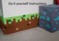 Do it Yourself Minecraft Inspired Grass block Border, bedroom decor, wall decor-could make these into pillows? Boys Minecraft Bedroom, Minecraft Room, Minecraft Crafts, Minecraft Party, Simple Bedroom Decor, Home Decor Bedroom, Kids Bedroom, Diy Home Decor, Bedroom Ideas