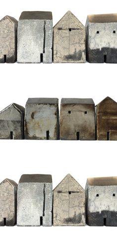 Casa Objeto... Rowena Brown... Raku Clay Houses, Ceramic Houses, Miniature Houses, Art Houses, Ceramic Pottery, Ceramic Art, Ceramic Glaze Recipes, Pottery Houses, Contemporary Ceramics