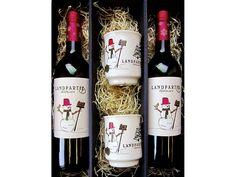 #Geschenkset mit 2 #Tassen und #Glühwein 2 Flaschen #Premium #Bio-Glühwein à 0,75 l Im #dekorativen Geschenkkarton | #Gift #present #set #mulled wine #hot #spiced #wine #organic #vegan ohne #Gentechnik #laktosefrei #glutenfrei