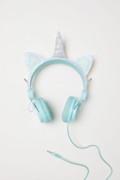H&M - On-ear Headphones - Turquoise Unicorn outfit inspiration style for girls and women Best In Ear Headphones, Kids Headphones, Girl With Headphones, Unicorn Fashion, Unicorn Outfit, Unicorn Clothes, Unicorn Kids, Cute Unicorn, H&m Unicorn