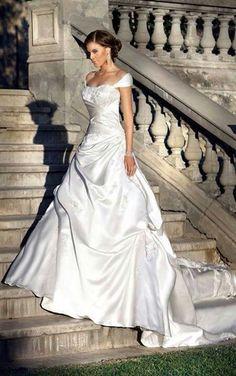 Vestido novia escote barco Palabra de www.palmiracompilar.com #homenajeatuangel