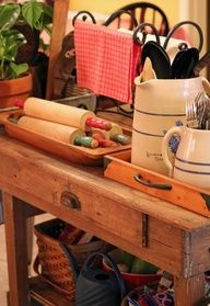 Vintage Kitchen I like the painted rolling pin ends