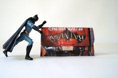 BATMAN Tabaktasche Comic upcycling Unikat! PauwPauw Tabakbeutel, Tabaketui, Superheld D.C. vintage Comic Tasche Recycling handmade in Berlin von PauwPauw auf Etsy