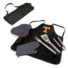 Short Description: Picnic Time's BBQ Apron Tote Pro stands out amongst the rest with its practical features and overall style. The BBQ Apron Tote Pro conveniently folds into an easy-to-carry tote comp