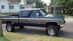 trucks chevy old Chevy Pickup Trucks, Classic Chevy Trucks, Gm Trucks, Chevrolet Trucks, Lifted Trucks, Cool Trucks, Classic Cars, Chevy Classic, Chevrolet Suburban