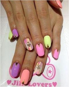 Diseños de Uñas en colores Pastel 3