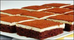 Muhteşem bir lezzet. Kremalı Islak Kek Tarifini uygulayıp tüketin ve daha sonra düşüncelerinizi bizlerle paylaşın. Damak zevkimizin uyacağına inanıyorum.