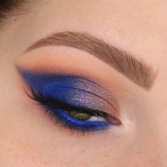 WEBSTA @ taniawallerx3 - One more of this look!Product details:@benefitcosmetics precisely my brow pencil in shade 3@kyliecosmetics royal peach palette@marcjacobsbeauty matte highliner in 53 - out of the blue@houseoflashes iconic lite@sigmabeauty brushes (use code LOVETANIA for 20% off until Feb 21 at 11:59pm CST)