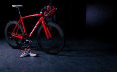 """""""EL ROJO ES EL NUEVO ORO""""  La bici ganadora de la medalla 2012 - Tarmac SL4  http://www.specialized.com/es/es/news/latest-news/12861"""