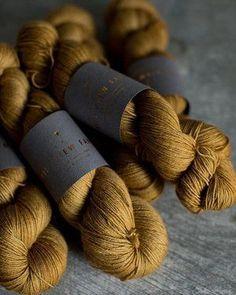 600g Natural Charcoal BLACK* Single Spun 100/% Pure Wool Yarn Skeins