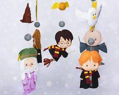 Hp Harry Potter, Harry Potter Characters, Felt Christmas Ornaments, Christmas Tree Decorations, Baby Room Decor, Nursery Decor, Stocking Stuffers For Kids, Beautiful Christmas Trees, Pink Elephant