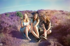 Fotoshoot op de paarse heide - Brenda Roos Fotografie | Fotograaf | Lelystad | Gezin | Kind | Familie | Photoshoot | Family | Golden hour | Veluwe | childphotographer |