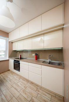Modern Kitchen Cabinets, Kitchen Cabinet Design, Modern Kitchen Design, Kitchen Countertops, Kitchen Furniture, Kitchen Interior, Kitchen Decor, Galley Kitchens, Home Kitchens