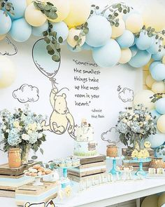 1001 + ideas for unique baby shower themes for boys yellow and blue balloon arch, flower bouquets in vases, baby boy baby shower themes. winnie the poohyellow and blue balloon arch, flower bouquets in vases, baby boy baby shower themes. winnie the pooh Cadeau Baby Shower, Idee Baby Shower, Baby Shower For Boys, Boy Baby Showers, Baby Shower Yellow, Winnie The Pooh Themes, Winnie The Pooh Birthday, Winnie The Pooh Cake, Baby Boy 1st Birthday