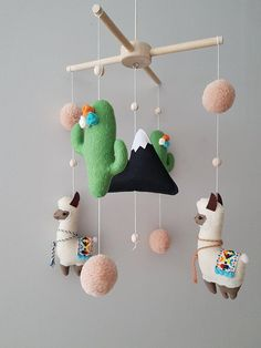 Baby Mobile, Llama Cactus Boho Baby Mobile Felt, Llama Nursery Mobile, Llama Alpaca Mobile, Cactus Mobile, Llama Decor, Crib Mobile Bébé
