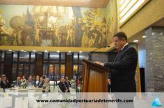 Don  Manuel Casáis Caamaño, Director de CAPSA, en su discurso de agradecimiento.