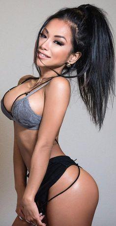 Sexy girls bouncing