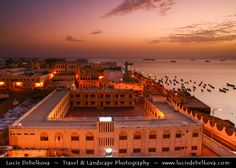 https://flic.kr/p/4osZNZ | Yemen - Sunset over Al Mukhala |  Join me on Facebook   |   Google+  |  Twitter   |   500px     |   Instagram   ~~~~~~~~~  Al Mukhala - is the capital of Hadramout and one of Yemen's ports on the Arabian Sea. It was known as Khaisa or Bandar Yakoub and has been called Mukalla only recently.  Fishermen were the first to settle in Mukalla, having immigrated from adjacent regions, In this city, the first Princedom of Al-Kasad was established in the 18th 19th century…