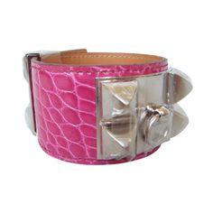 0de5e49876d Pre-Owned Hermès Fuchsia Alligator CDC Collier de Chien Bracelet with... (