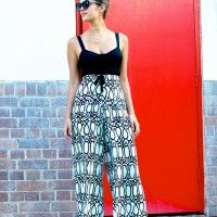 DIY PRINTED PALAZZO PANTS  - this entire blog is awesome!