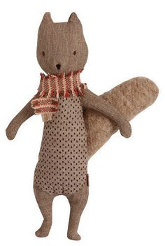Create a whimsical forest space with the Maileg squirrel! Ready for adventures with it's scarf and beautifully made from heirloom quality materials, this squirr