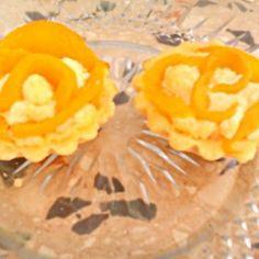 Pudingos kosárka rózsa Hungarian Cake, Hungarian Recipes, Snack Recipes, Snacks, Ale, Pineapple, Fruit, Dios, Snack Mix Recipes