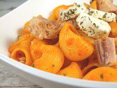 Salata de paste cu ton Paste, Fish And Seafood, Fish Recipes, Cantaloupe, Salads, Eggs, Cheese, Fruit, Breakfast