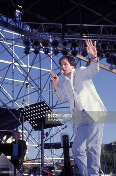 Photo of Alex CHILTON; Box Tops featuring Alex Chilton at the Beale Street Music Festival in Memphis, Tennessee on May 1997 Alex Chilton, Memphis Tennessee, Box Tops, Big Star, American Singers, Cool Bands, The Beatles, Musicians, Street