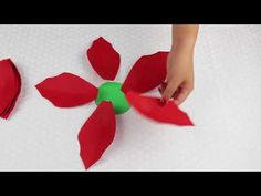 YouTube Paper Flower Wreaths, Crepe Paper Flowers, Dyi Flowers, Arts And Crafts, Paper Crafts, Christmas Flowers, Craft Corner, Felt Art, How To Make Paper