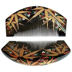 Wonderfully hand-painted Japanese hair adornment set of black lacquered comb and pull-apart hair-pin with hand-painted bamboo leaves and berries motif, and with mother-of-pearl inlay. An exquisite addition to any collection. About Taisho period Vintage Japanese, Japanese Art, Traditional Japanese, Painted Bamboo, Hand Painted, Asian Hair Ornaments, Oriental, Japanese Costume, She Walks In Beauty