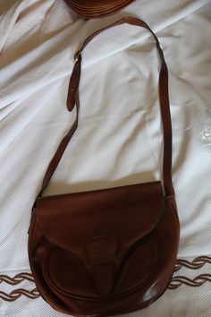 """Italian leather for this nice 60s bag """"hunting style"""""""