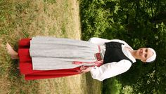 Jaala, Finland Folk Costume, Costumes, Norway Viking, People Of The World, World Cultures, Girl Scouts, Traditional Dresses, Midi Skirt, Vintage Outfits
