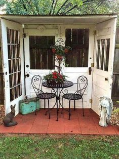 Gorgeous 85 Easy DIY Backyard Seating Area Ideas on A Budget #backyard #landscaping #ideas