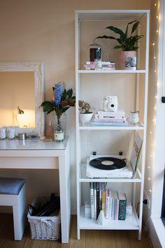 Home Updates — Like Neon Love Study Room Decor, Cute Room Decor, Room Ideas Bedroom, Diy Bedroom Decor, Bedroom Inspo, Minimalist Room, Aesthetic Room Decor, Cozy Room, Dream Rooms