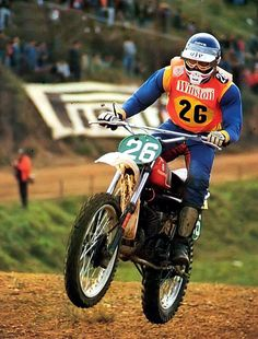 vintage mais pas que / Le Guide Vert Motorcross Bike, Motocross Riders, Racing Motorcycles, Motorcycle Bike, Enduro Vintage, Vintage Motocross, Vintage Bikes, Vintage Motorcycles, Canis Lupus