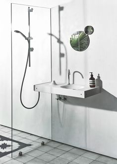 HOST for HOTELS can be used with a sliding head shower